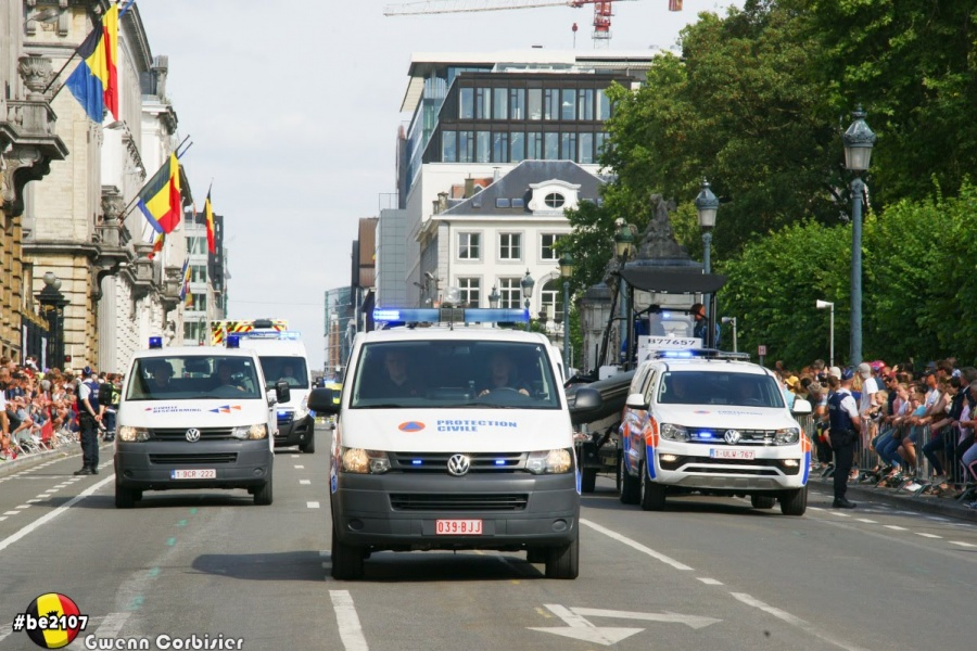 Défilé Civiele Bescherming (foto Gwenn Corbisier)